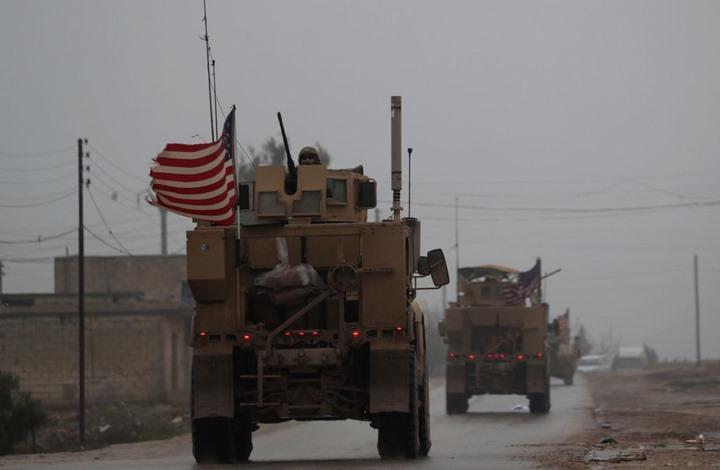 """القوات الأمريكية تخلي نقطة مراقبة جنوبي """"عين العرب"""" السورية"""