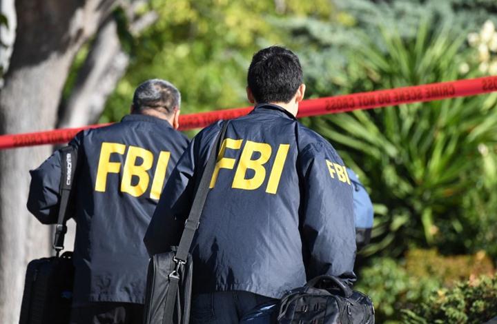 """مداهمة منزل """"يوتيوبر"""" أمريكي شهير ومصادرة أسلحة (شاهد)"""