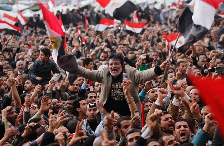 هل الوعي الجمعي العربي مع الثورات أم يرقب مآلاتها ليحدد موقفه؟