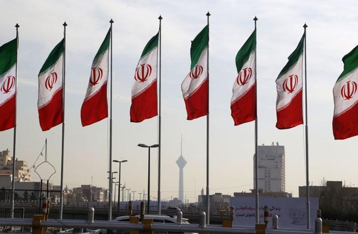 إيران تعلق على عقوبات جديدة وترفض تهديدا أمريكيا