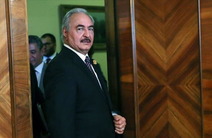 خبراء أتراك يقرأون أسباب إعلان حفتر نفسه حاكما لليبيا