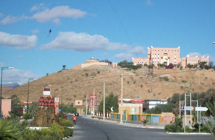 صحيفة مغربية: أمراء سعوديون وقطريون وإماراتيون بجنوب البلاد
