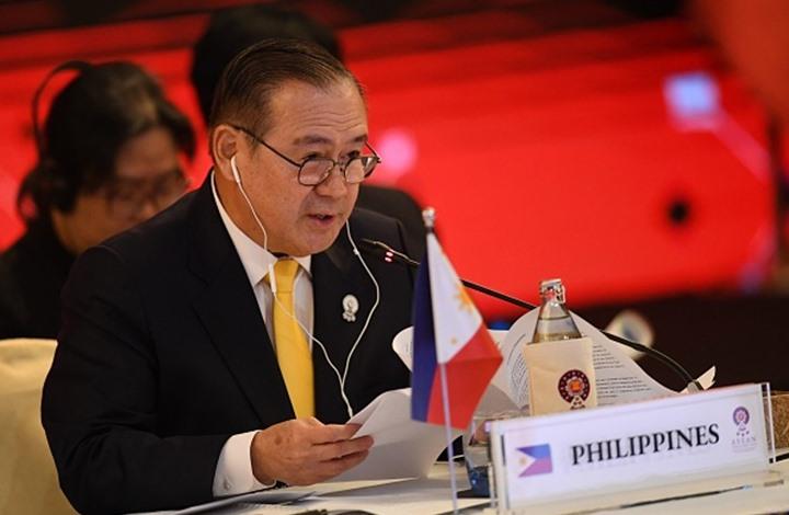 وزير فلبيني يثير عاصفة بشأن الخادمة التي قتلت في الكويت