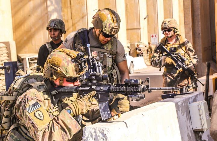 سقوط صواريخ على قاعدة جوية تضم أمريكيين شمال العراق