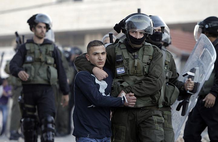 الاحتلال يعتقل 5 فلسطينيين من القدس عقب مواجهات ليلية