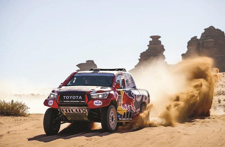 """القطري العطية يفوز بالمرحلة الثامنة لـ""""رالي داكار"""" بالسعودية"""