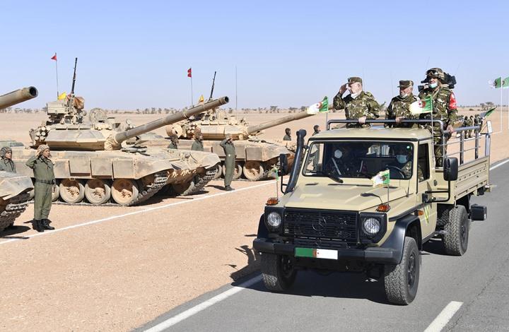 مناورات عسكرية للجيش الجزائري قرب الحدود المغربية