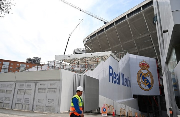بعد إصابة زيدان.. كورونا يضرب الخط الدفاعي لريال مدريد