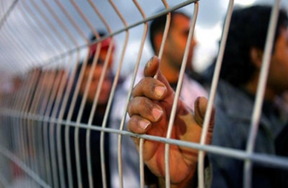منظمة حقوقية تدعو لتدخل دولي لتلبية مطالب الأسرى الفلسطينيين