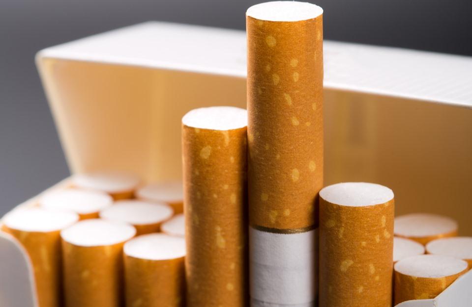 إليك خمسة أطعمة للتخلص من مضار التدخين