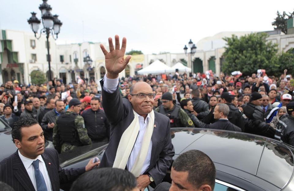المرزوقي يكشف سر عداء نظام بوتفليقة لثورة تونس (فيديو)