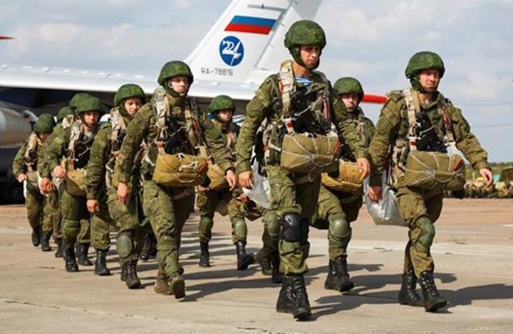 السجن مع الأشغال الشاقة لضابط بالبحرية الروسية بتهمة الخيانة