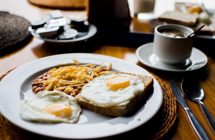 مخاطر ترك وجبة الإفطار على الصحة (إنفوغرافيك)