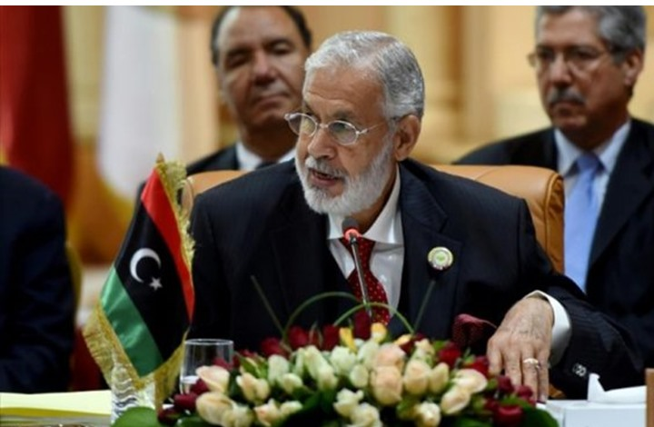 """وصف وزير خارجية حكومة الوفاق لحفتر بـ """"المشير"""" تثير جدلا"""