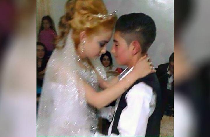 أصغر عروسين يعقدان قرانهما في السويداء السورية (صور)