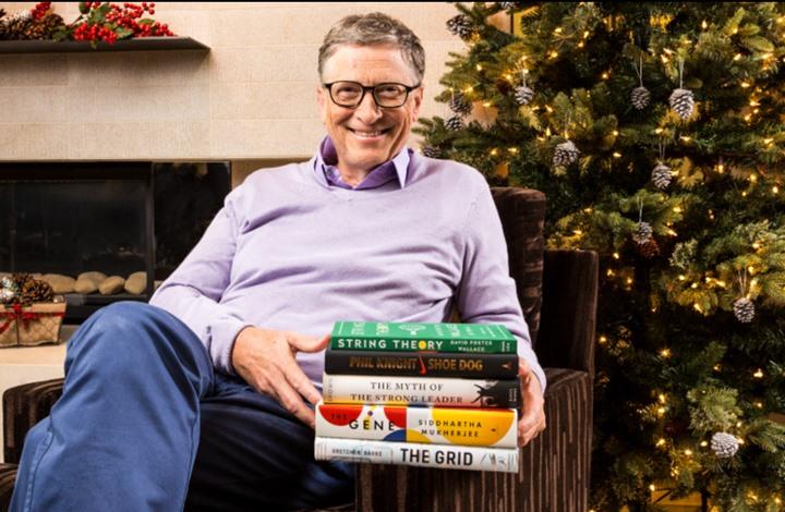ما هي أهم 5 كتب قرأها بيل غيتس في عام 2016؟