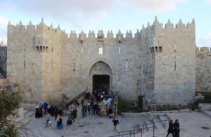 """باب العامود... """"وسط البلد"""" وقلب القدس المحتلة"""