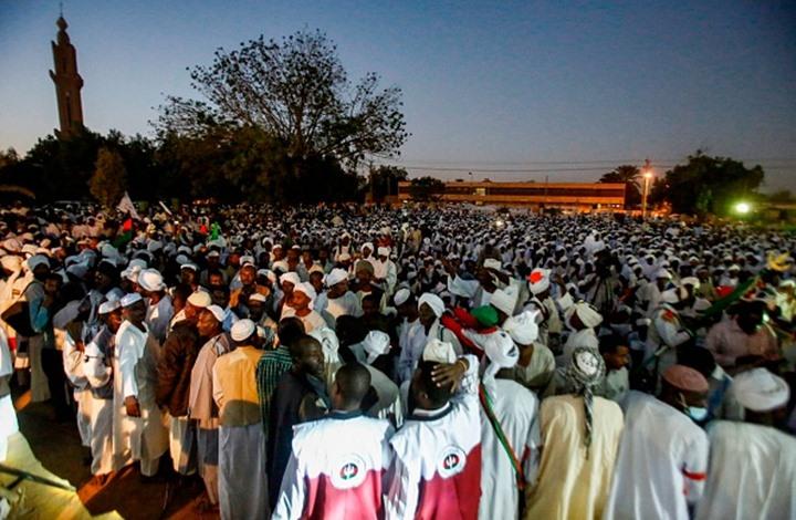 الشيوعي السوداني يتهم الإمارات والسعودية بالتآمر على الثورة