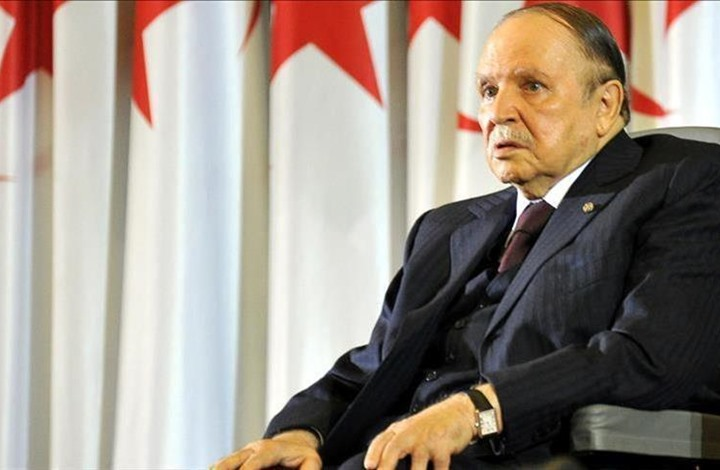 بوتفليقة يوجه رسالة للجزائريين مؤكدا خوضه الانتخابات المقبلة