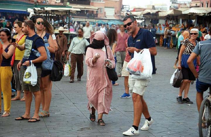 إسبانيا تحذر مواطنيها من السفر إلى المغرب