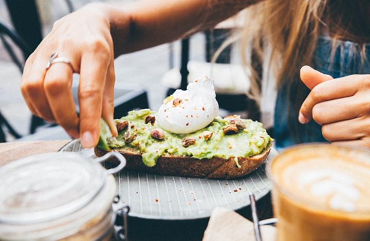 فاكهة إذا تناولتها يوميا قد تمنع عنك الإصابة بسرطان الرئة
