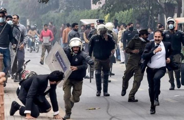 الشرطة الباكستانية تبحث عن ابن شقيقة رئيس وزرائها.. لماذا؟