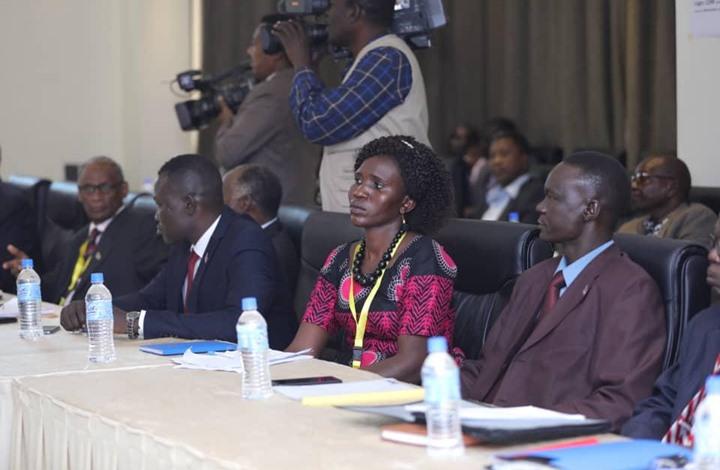 """حكومة السودان توقع اتفاقا """"إطاريا"""" مع إحدى الحركات المسلحة"""