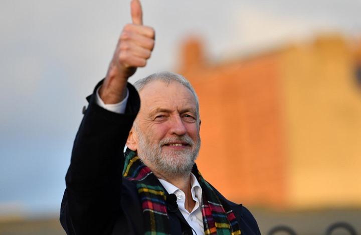 مجموعات تمثل أقليات عرقية ببريطانيا تحث على انتخاب كوربين