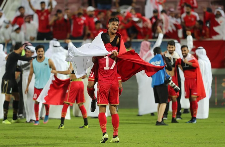 أمير قطر يغرد مهنئا المنتخب البحريني بفوزه بكأس الحليج