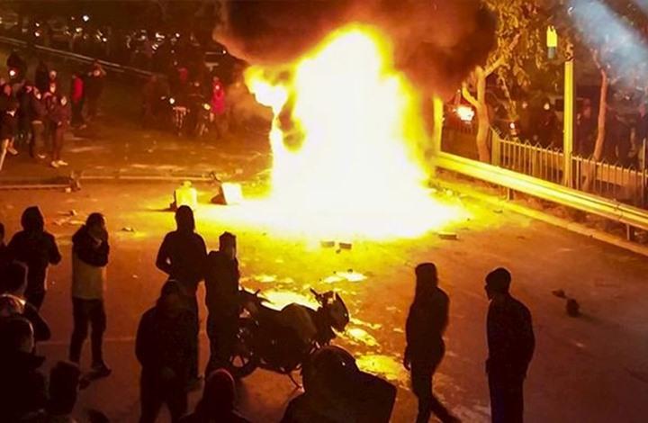 واشنطن: ألف شخص قتلوا باحتجاجات إيران.. وترامب يعلق