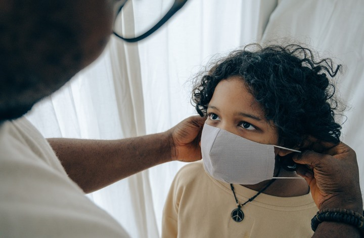 حالات كورونا عالميا تقترب من 71 مليونا.. وتقدم في اللقاحات
