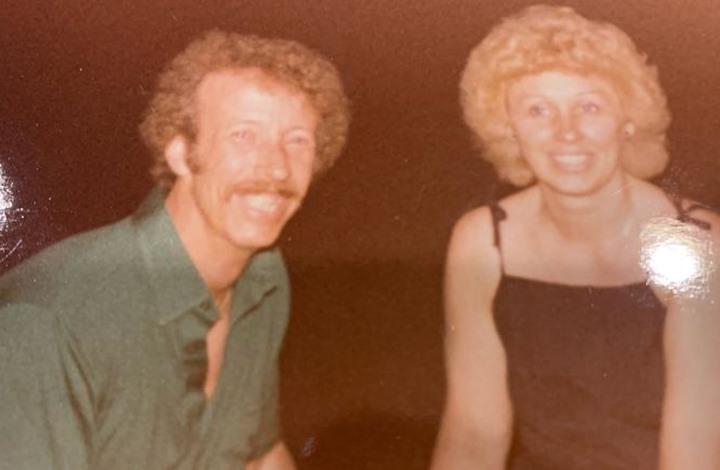 زوجان يفقدان حياتهما بنفس الدقيقة بسبب كورونا