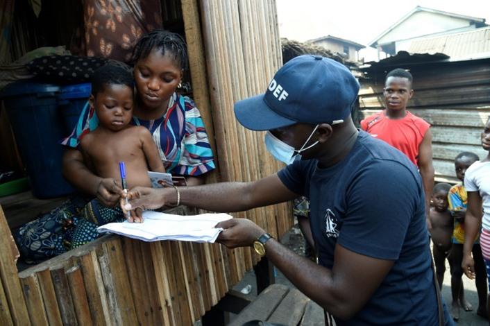 """تحرير نساء ورضع من """"مصنع أطفال"""" في نيجيريا"""