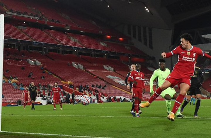 ليفربول يتخطى أياكس ويبلغ دور الـ16 بدوري أبطال أوروبا