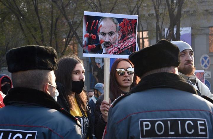 رئيس الوزراء الأرميني يستقيل الشهر المقبل