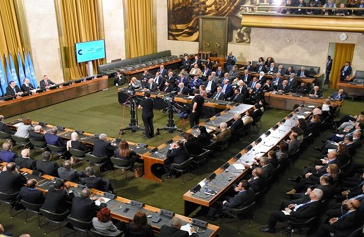 """""""دستورية"""" سوريا تختتم أعمالها وتتفق على برنامج وموعد جديدين"""