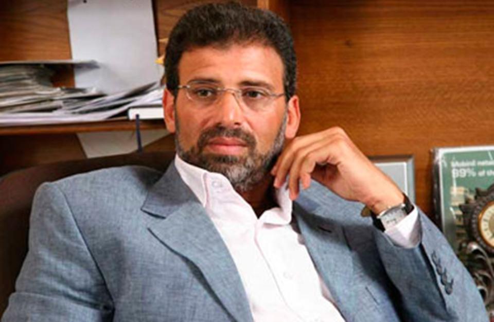 """هكذا علق خالد يوسف وزوجته و""""25-30"""" على توقيفه (فيديو)"""