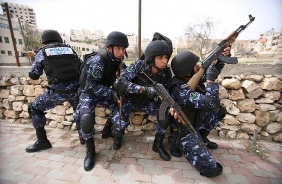مخابرات السلطة تعتقل أحد المشاركين في ورشة البحرين