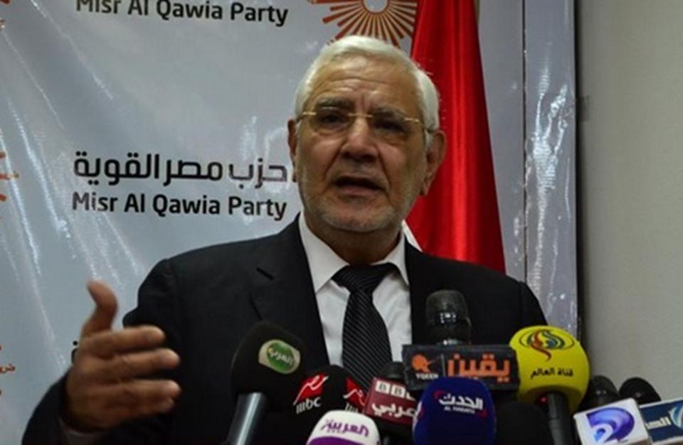 البرادعي يتساءل عن استمرار اعتقال أبو الفتوح.. وردود