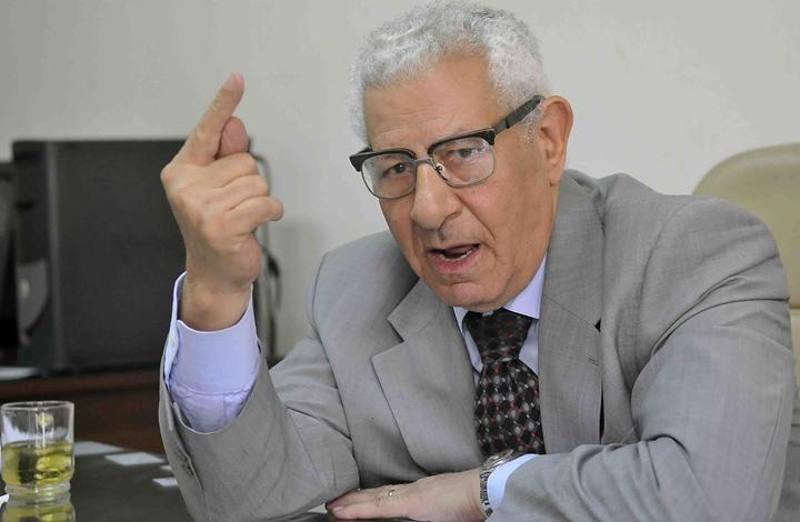 وفاة الكاتب الصحفي المصري مكرم محمد أحمد إثر صراع مع المرض