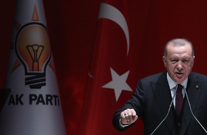 """سفير إسرائيلي سابق يدعو إلى التعامل """"الحذر"""" مع أردوغان"""