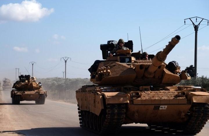 """تركيا تدفع بتعزيزات لـ""""مركز إدلب"""" لإنشاء منطقة آمنة.. تفاصيل"""