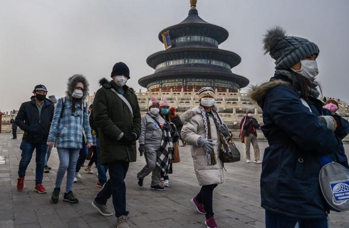 """أعداد وفيات فيروس """"كورونا"""" بالصين تتخطى الألف"""