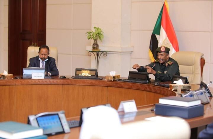 إيكونوميست: خلف واجهة صداقة قيادات السودان توتر عميق