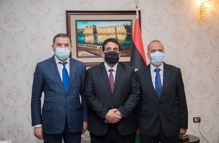 بأول زيارة.. رئيس المجلس الرئاسي الليبي يصل لطرابلس (شاهد)