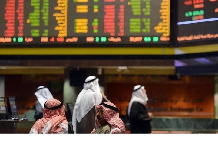 صناديق الخليج السيادية تواجه صعوبات بالتمويل ونفادا للسيولة