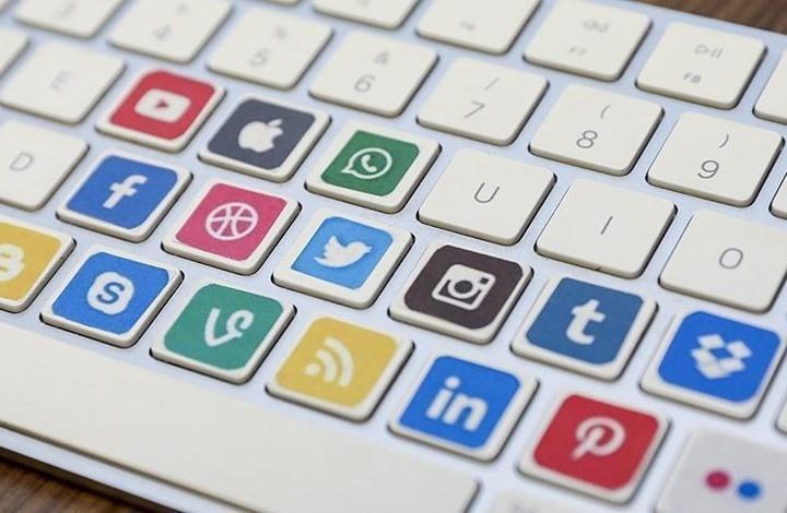 وسائل التواصل الاجتماعي.. هل أنضجت الوعي الديني أم أفسدته؟