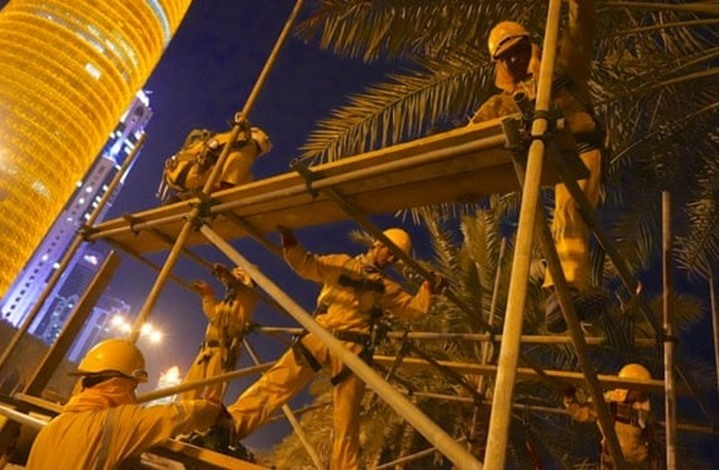 الغارديان: وفاة 6500 وافد في قطر خلال 10 سنوات