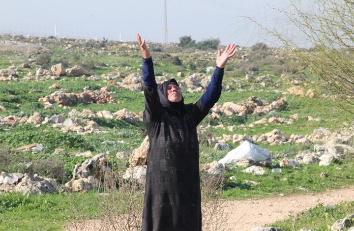 MEE: الجرافات الإسرائيلية تستهدف المزارعات الفلسطينيات