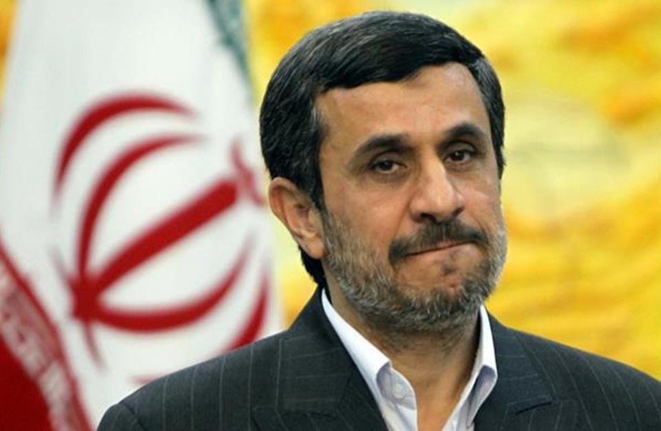مفاجأة.. أحمدي نجاد كان ينسق للقاء أوباما